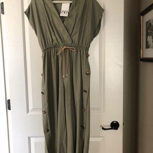 Zara olive jumpsuit. New with tags. Medium.